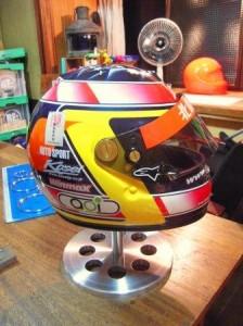 helmet スタンド