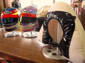 helmet stand2